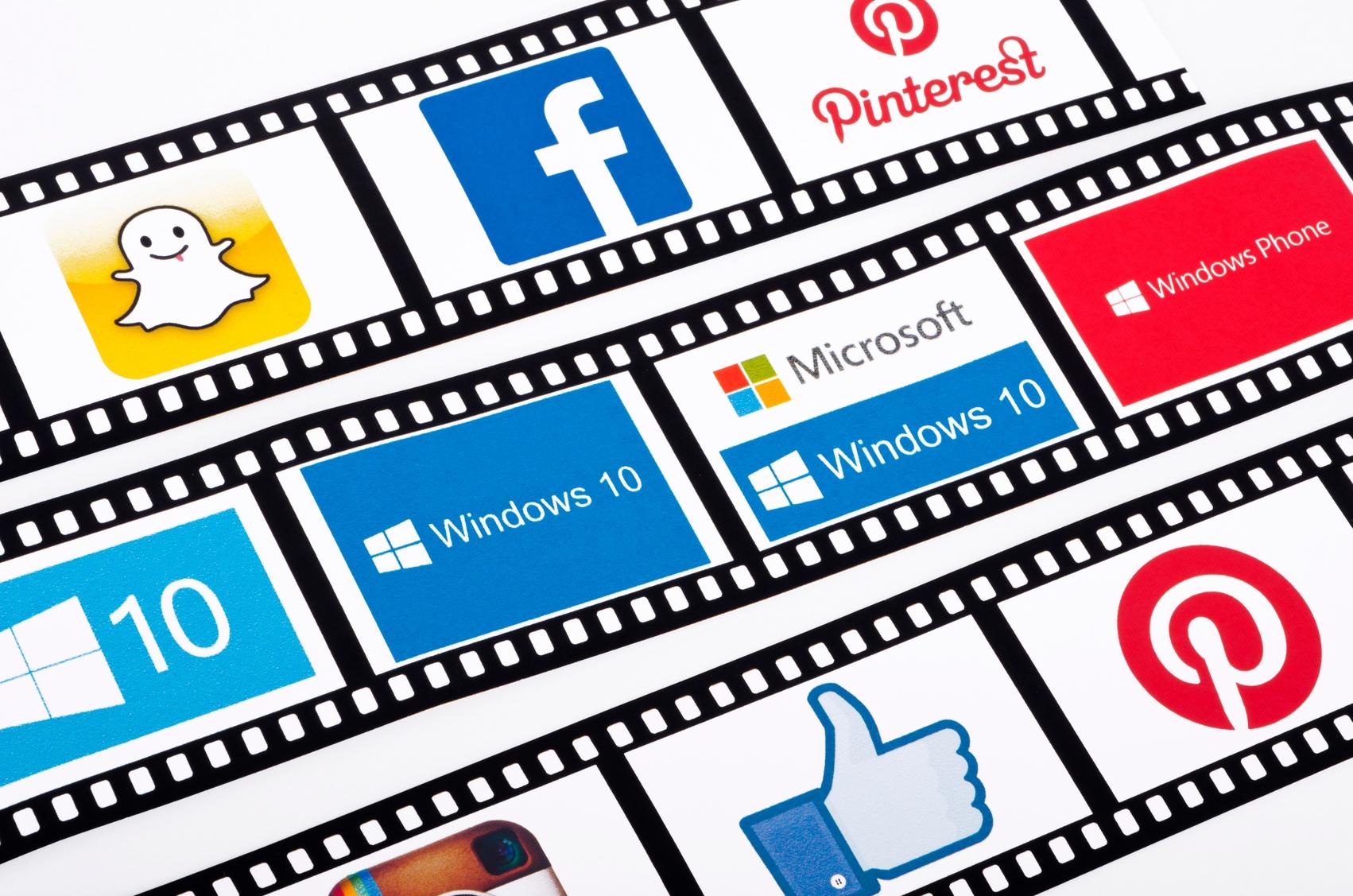 popular-social-media-icons-000085197521_Medium.jpg