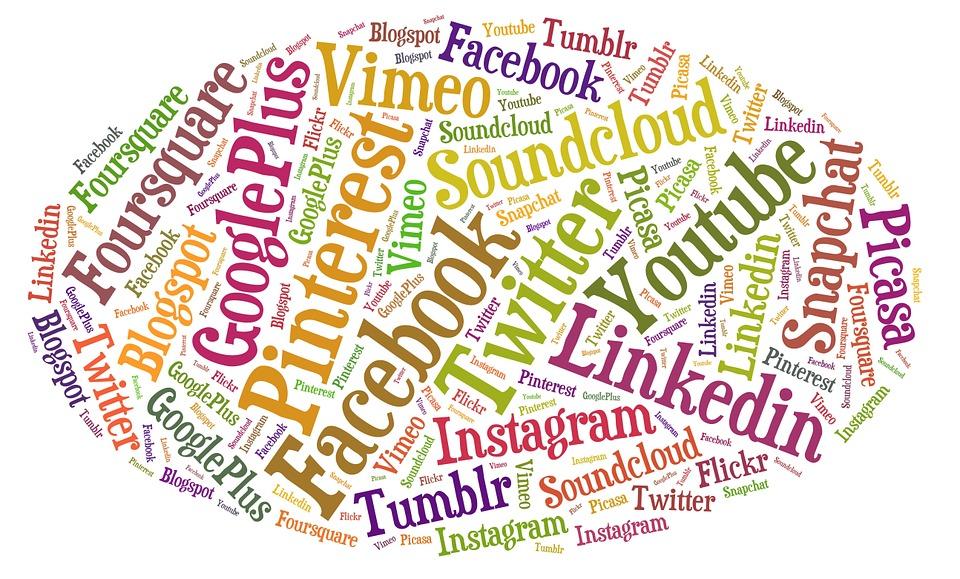 social-media-803648_960_720.jpg